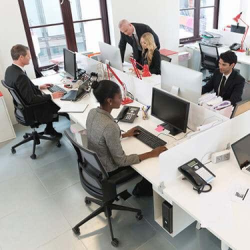 kantoormedewerkers